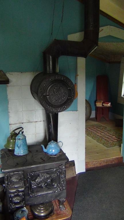Dawson Service cabin 1